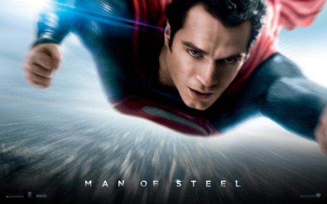 """Man Of Steel """"Superman Tanpa Celana Dalam Merah"""""""